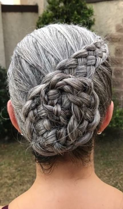 Super cheveux Ombre Gris Vieillir Gracieusement Idées – #GrayHairBalayage #GrayHairB …   – Gray Hair