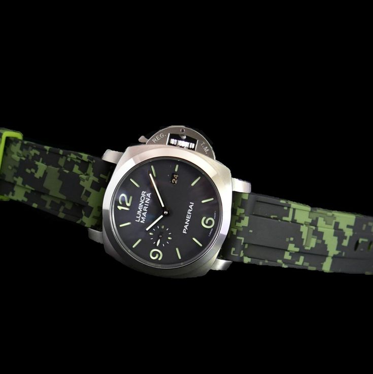 Green digital camouflage rubber strap for Panerai watches. Available in size 22mm and 24mm