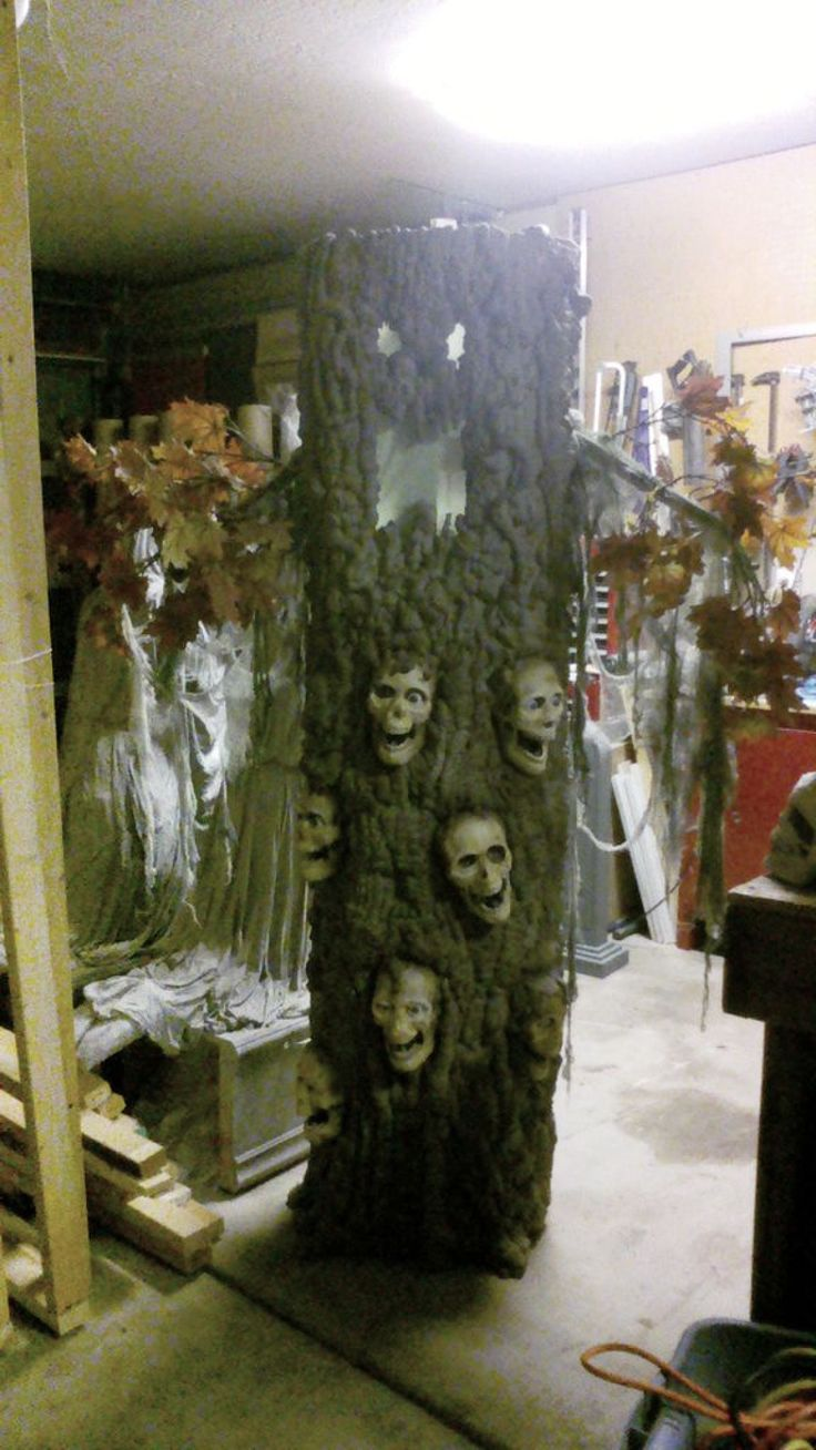 9b1b62279509154216a253b5d40ad7f2 halloween trees halloween prop