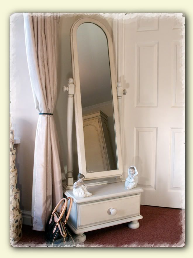 116 best cheval mirror images on pinterest mirrors for Standing mirror for bedroom
