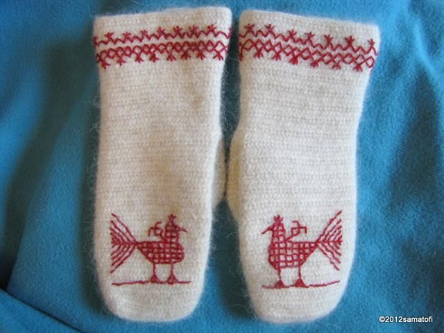 Great site with many stitch variations and links to videos showing how to do some of the more complex stitches.