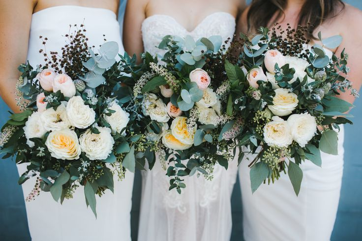 DY.o events (aka Duo) Earthy, green and white bridal bouquets