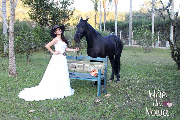 Noiva country, noiva do campo, noiva vestido leve, noiva casamento no campo, noiva casamento em sítio, noiva de praia, noiva de chapéu, cowgirl, noiva de bota country, noiva de cinto