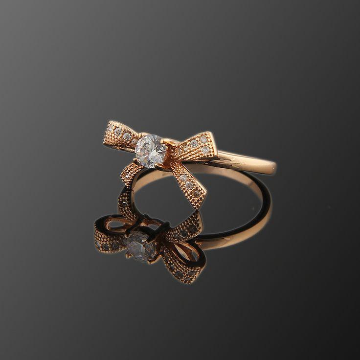Fiyonk Yüzük - Avusturya kristali - Swarovski taşlar - Altın kaplama - Aksesuar - Yüzük - Dalya Takı Austrian Crystal - Swarovski stones - Gold plated - Rose gold - Accessory - Ring - Bow tie - Solitaire Ring
