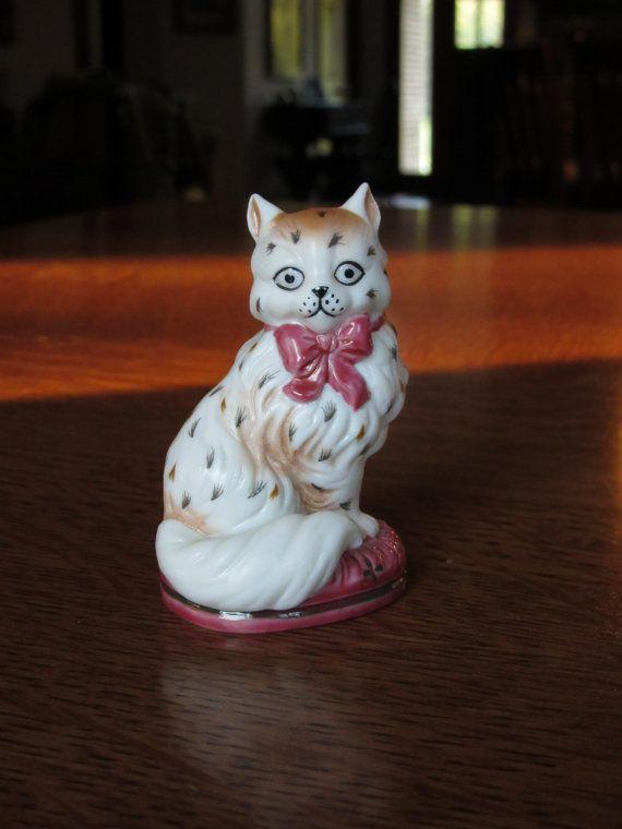 Millésime 1986 Staffordshire chat w / livret, Franklin Mint, Curio Cabinet chats Collection, cadeau pour chat amoureux, chatons, Figurines à collectionner