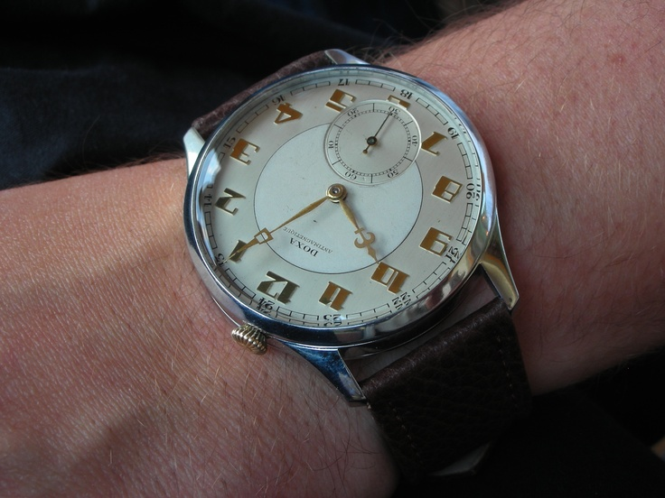 """Simply beautiful (Doxa """"drivers"""" with Art deco dial - sold to the UK)"""