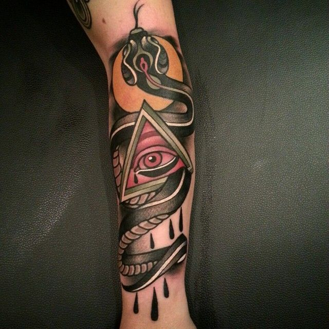 305 best images about all seeing eye tattoos on pinterest for Electric hand tattoo