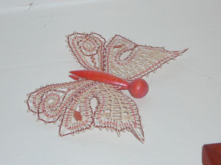 Růžový motýl, 07