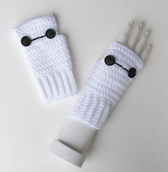 Hey, I found this really awesome Etsy listing at https://www.etsy.com/listing/209889523/big-hero-6-baymax-wristwarmers-marvel
