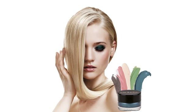 Sombra crema Exclusive.5 colores de temporada. Resistente al agua. Cristian Lay www.cristianlay.com