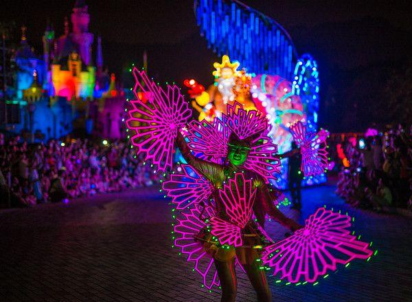 Paint the night parade- Disneyland 60th Anniversary Preview - Disney Tourist Blog