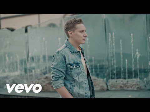 Music video by Antek Smykiewicz performing Pomimo Burz. (C) 2015 Universal Music Polska http://vevo.ly/Ukpta9