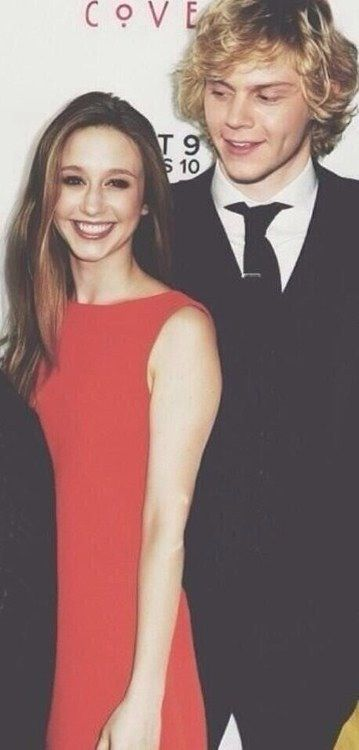 Taissa Farminga and Evan Peters. WHY CAN'T THEY BE DATING