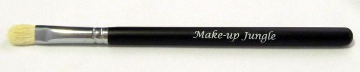 Blending Fluff Makeup Eye Brush - Beauty, Cosmetics, Blend, Smoky Eye 217 #MakeupJungle