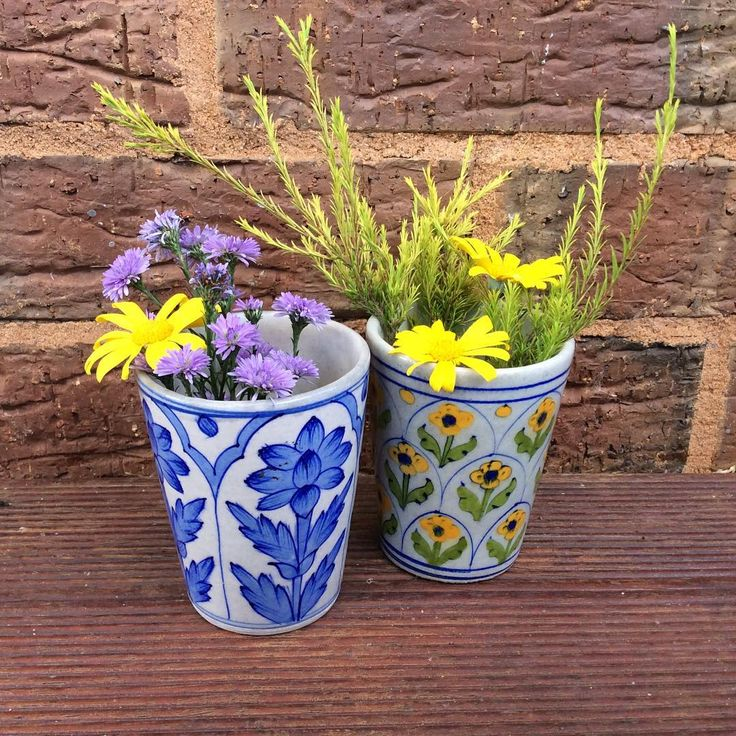 Happy Easter people!! Hope everyone's having a good weekend & a lovely Easter Sunday!!flowers in some of our handpainted blue pottery mugs on sale right now! #easter#sunday#eclectic#bohemianstyle#bohemiandecor#vintagestyle#yellow#interiors#interiorforall#interior123#interior444#interiordecor#interiordesign#instapic#design#decor#florals#shakiraaz#vibrant#colourful#designinspo#interiorinspo#textileart#textiledesign#pottery#blueandwhite#handmade#handpainted#instaflowers