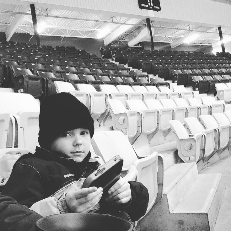 Liam waiting for Kian to play hockey #family #Sunday #memories #oldestkid #nomof3