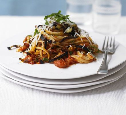 Pasta Norma: Plates, Low Fodmap Recipes, Pasta Dishes, Norma Recipes, Grilled Aubergine, Pasta Sauces, Norma Vegetarian, Healthy Food, Pasta Norma