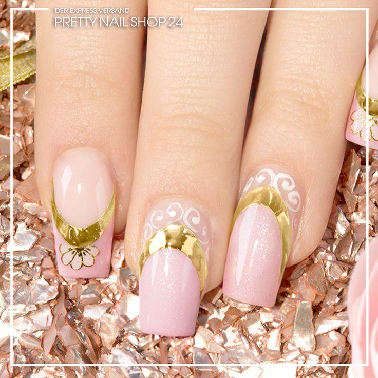 #trendstyle #trends #sweetheart #nails #nailart Ihr dachtet, ein dezentes Design kann nicht gleichzeitig ein Hingucker sein? Dann schaut Euch doch mal diese Nägel an. Schillerndes Rosa mit einem Hauch von Gold lässt den angesagten Sweetheart-Look strahlen und schimmern. Wie gefällt Euch dieser Look?