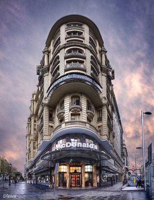 Gran Vía confluencia calle de La Montera (Madrid) | Flickr: Intercambio de fotos