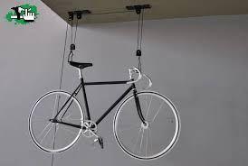 Resultado de imagen para como construir estante para bicicletas facil