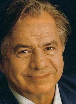 Michel Louis Edmond Galabru est un acteur français né le 27 octobre 1922 à Safi, au Maroc. Il est le père des comédiens Jean Galabru et Emmanuelle Galabru