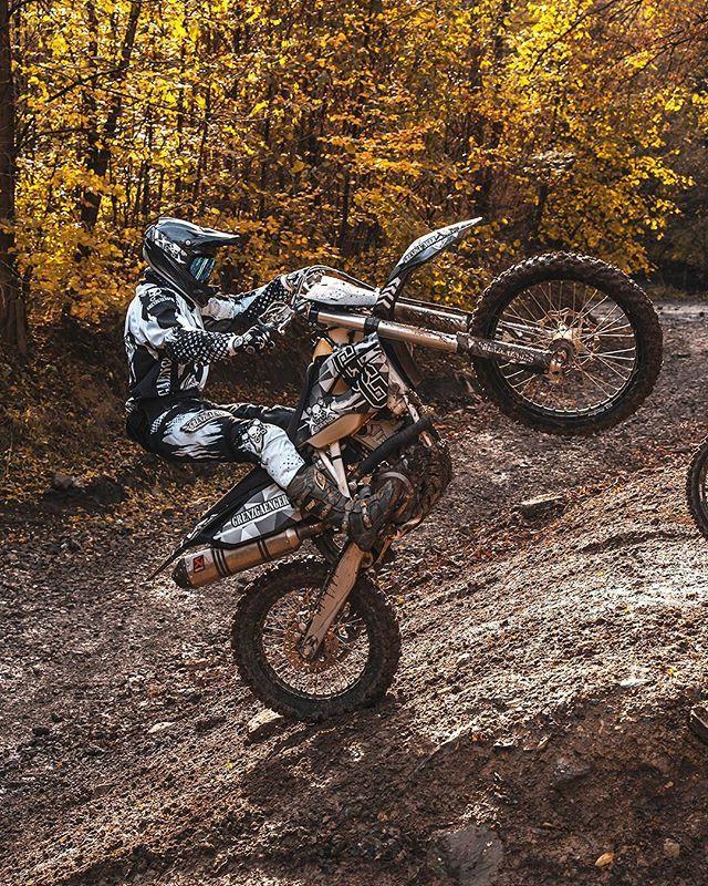 Grenzgaenger Wheelie Wheelies Ride Enduro Stunt Motorcycle