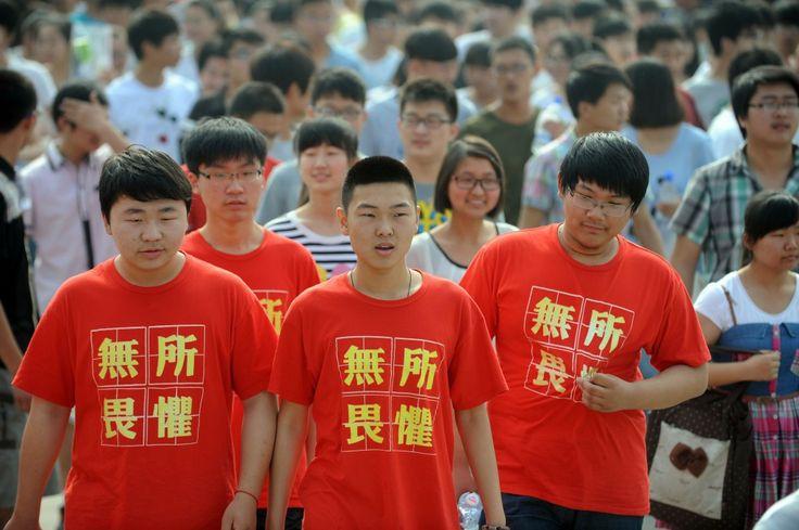 Jovens chineses rejeitam vestibular nacional e vão estudar no exterior | #Educação, #EstudarNoEstrangeiro, #ExameNacional, #LuChen, #Universidade, #Vestibular