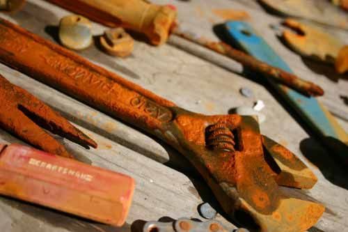 """rusty tools, Canon 300D Photo Friday's theme this week is """"Neglect"""" Balloon Hat"""