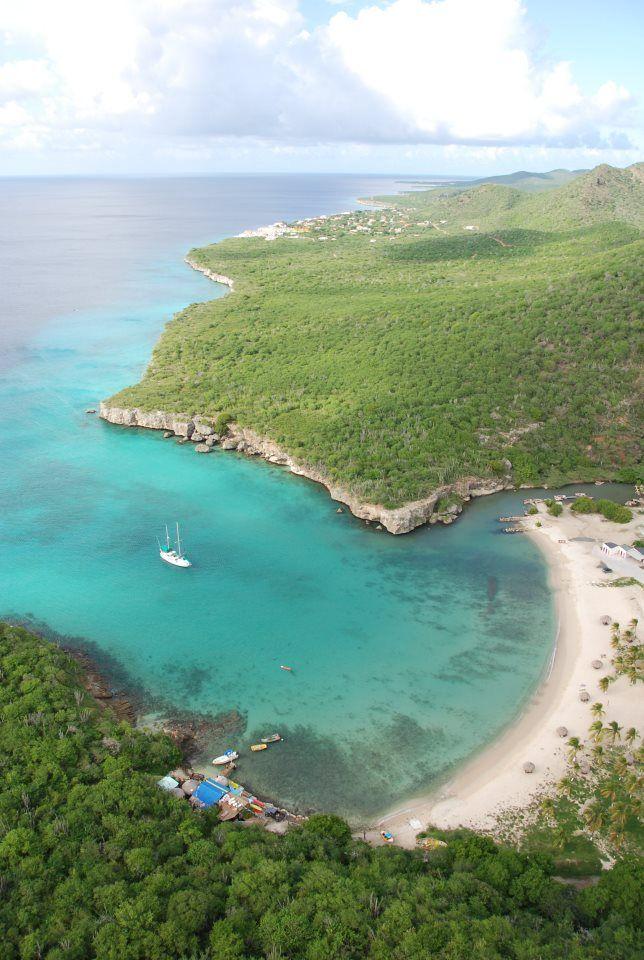 Bahía Santa Cruz Curazao = Playa Santa Cruz Curaçao.