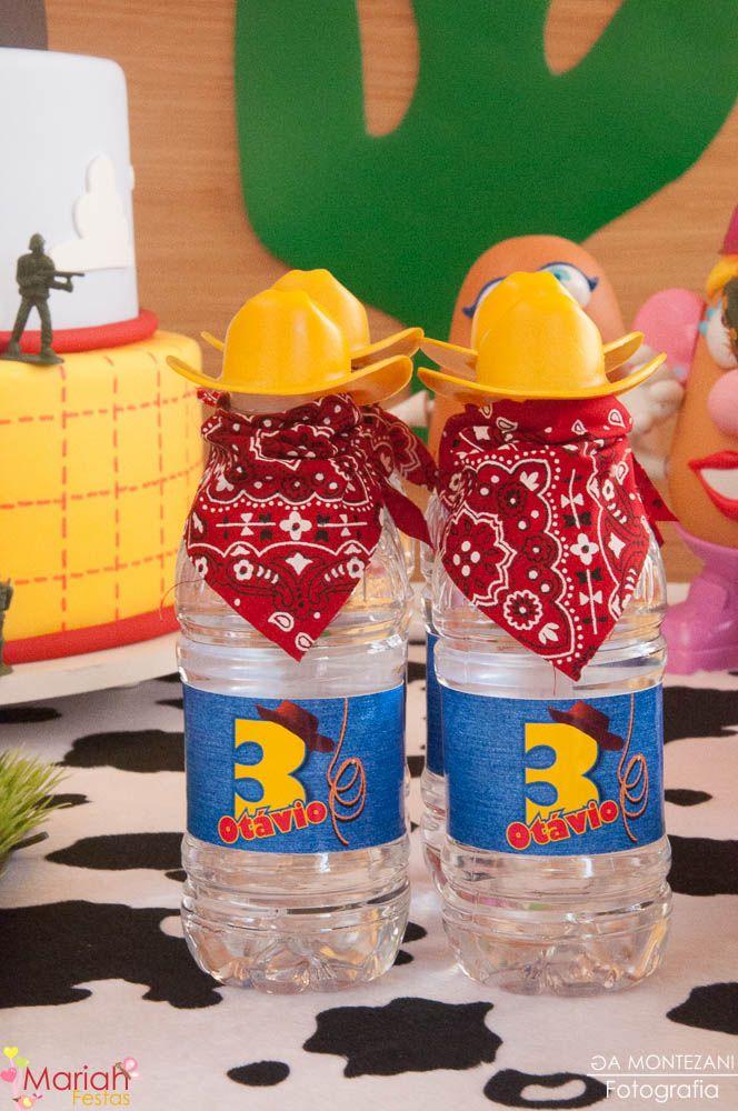 Festa toy story   Woody e Buzz   Festa de menino   Festa infantil   Água decorada toy story   Decoração by Mariah festas #woody #buzz #toystory
