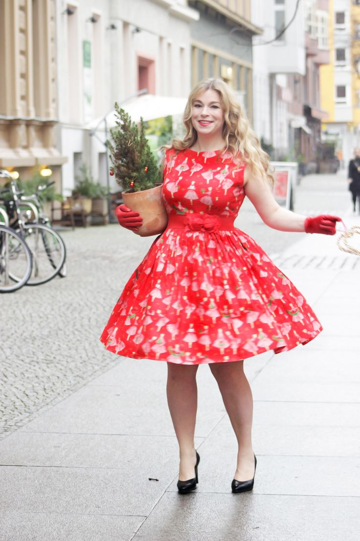 1950's Style Red Festive Ladies Dress - Silly Old Sea DogSilly Old Sea Dog
