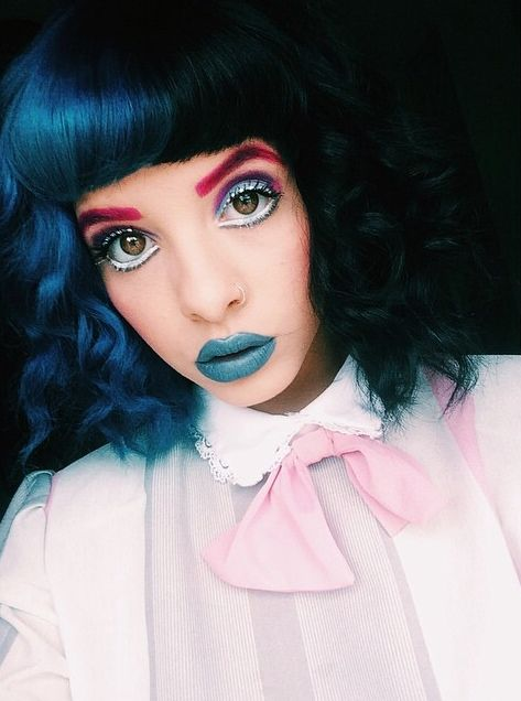 melanie martinez ✧ only she can rock color eyebrows