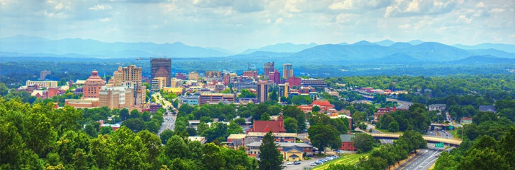 Asheville, NC Cabin Rentals - Vacation Rental Cabins, Condos - Carolina Mornings  Every stay receives free Biltmore admission, free ziplining ~ free rafting ~ free LaZoom Tours ~ Free Golf (really no strings attached)