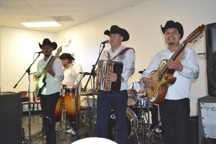 La música norteña es un género de música folclórica y popular de México, interpretado por un conjunto norteño, que consiste en una instrumentación de acordeón y bajo sexto con adición de contrabajo, tarola y, ocasionalmente, saxofón. Su repertorio posee formas musicales cantadas e instrumentales que provienen tanto de la tradición musical Mexicana (canción ranchera, corrido, bolero ranchero, huapango)