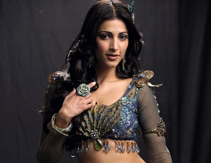 download shruti hassan hot hd images    http://www.superwallpapers.in/wallpaper/download-shruti-hassan-hot-hd-images.html