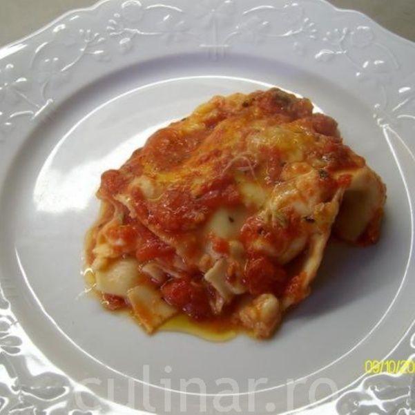 Lasagna cu mozzarella si rosii