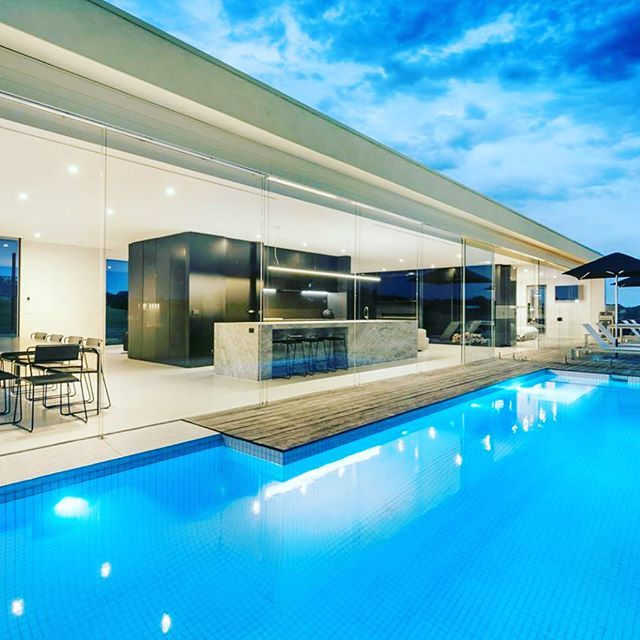 Check out the absolutely stunning 27 Wildcoast Road Portsea. Selling agents @kayandburton are expecting a sale price of 2.5-2.75 Million. #portsea #melbourne #industryinsider #buyersadvocate #luxuryhomes #lifestyle #property #swimmingpool #summer #morningtonpeninsula #milliondollarlisting #architecture #inspirational #familyhome - posted by Andrew Date - Industry Insider https://www.instagram.com/buyers_agent_melbourne - See more Luxury Real Estate photos from Local Realtors at…