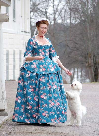"""Reproduction of a Swedish woman's shortgown with matching petticoat, using reproduction fabric named """"Rosita"""" from Duran Textiles AB.  The original Swedish woman's shortgown c. 1780 can be seen at http://www.durantextiles.com/newsletter/documents/news_2be_08.asp"""