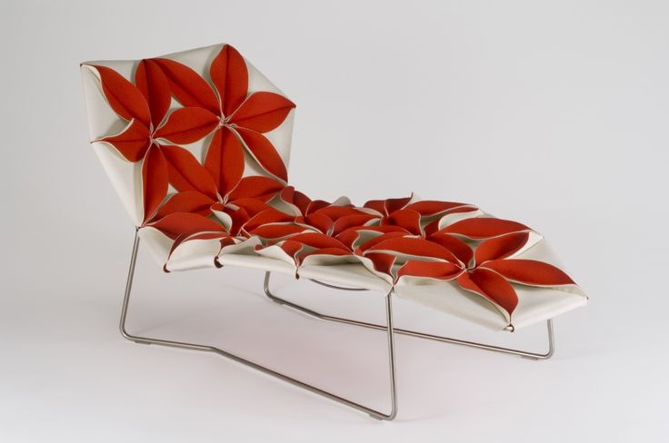 Antique antibodi chaise designed by patricia urquiola for Antibodi chaise longue by patricia urquiola