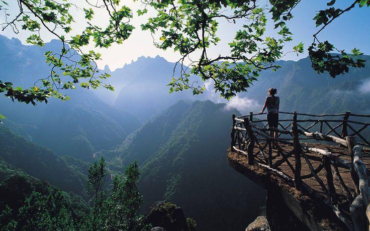 Beautiful-Madeira-Island-Scenery.jpg (1920×1200)