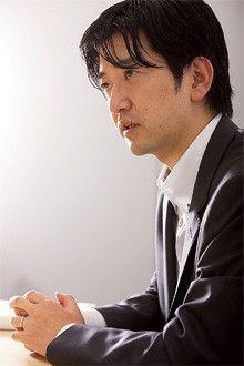 鎌谷賢之●ソフトバンク社長室経営戦略グループグループマネージャー。東京大学法学部卒。2005~08年三洋電機会長室、経営戦略部など。経営ビジョン・中期経営計画の策定を担当。2009年ソフトバンク入社、IR室を経て現職。