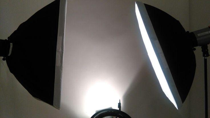 Fototessera vicino stazione Roma Termini. L'unico Studio professionale che realizza le foto tessere con tre flash. Via dell`olmata 33, per appuntamento +39 349.4531487
