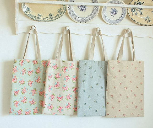 Simple Spring Totes