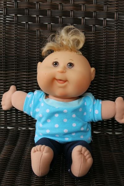 Baby Doll Clothes Tutorial - Learn how to make doll clothes patters for Cabbage Patch Dolls.