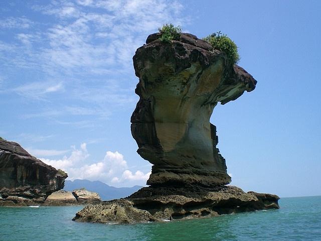 10 Spectacular Sea Stacks