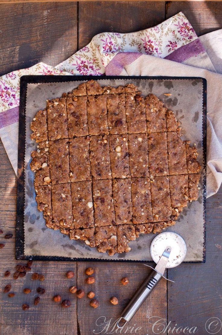 Cookies (figues sèches, raisins secs, son d'avoine, noisettes, jus de pomme, farine d'épeautre)