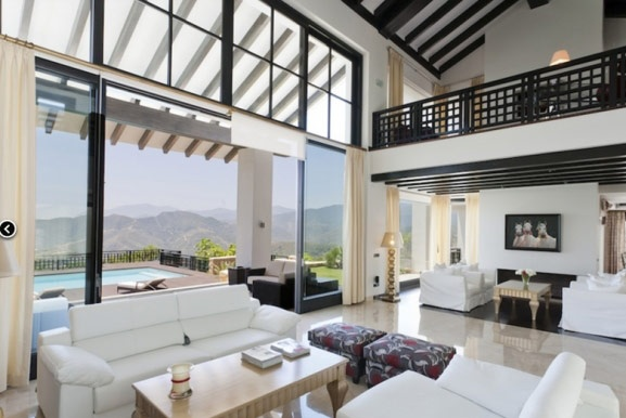 I just love the lounge on this contemporary La Zagaleta Villa in Benahavis, Spain