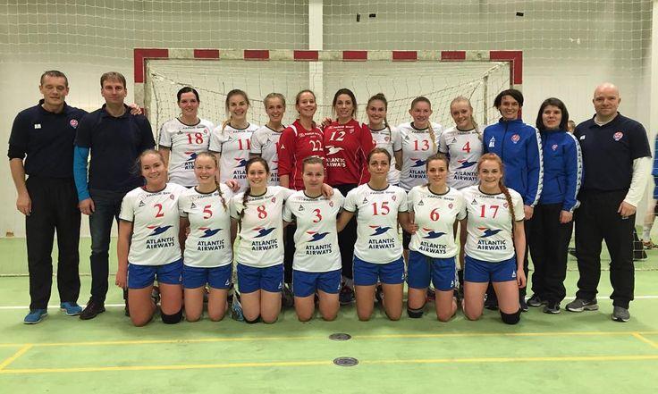 The Faroese womens team today against Great Britain #handball #atlanticairways #faroeship #selecthandball #selectsports #hndbl #handballfaroeislands by handball_faroe_islands