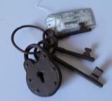 IJzeren sleutelbos met slot