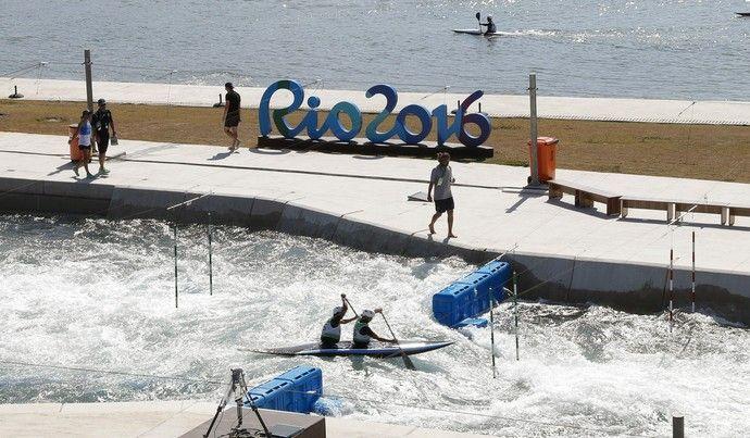 """Castelo de areia, """"neve"""" no Rio e Lego olímpico; os registros marcantes do dia"""
